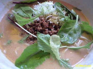 坦々麺専門 發巳(はつみ) 野菜たっぷり坦々麺