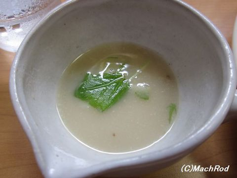 麺処ぼたん 割りスープ(鶏白湯)